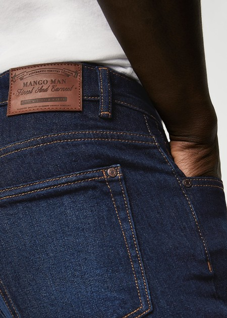 Llena tu armario de jeans con éstos modelos de Mango Man que encontrarás en rebajas