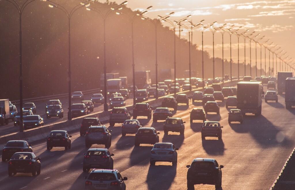 Adiós a los coches de combustión en 2035: la Comisión Europea endurece sus propuestas para combatir el cambio climático
