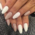 De cara al invierno llegan las Sweater Nails, la última tendencia en manicura