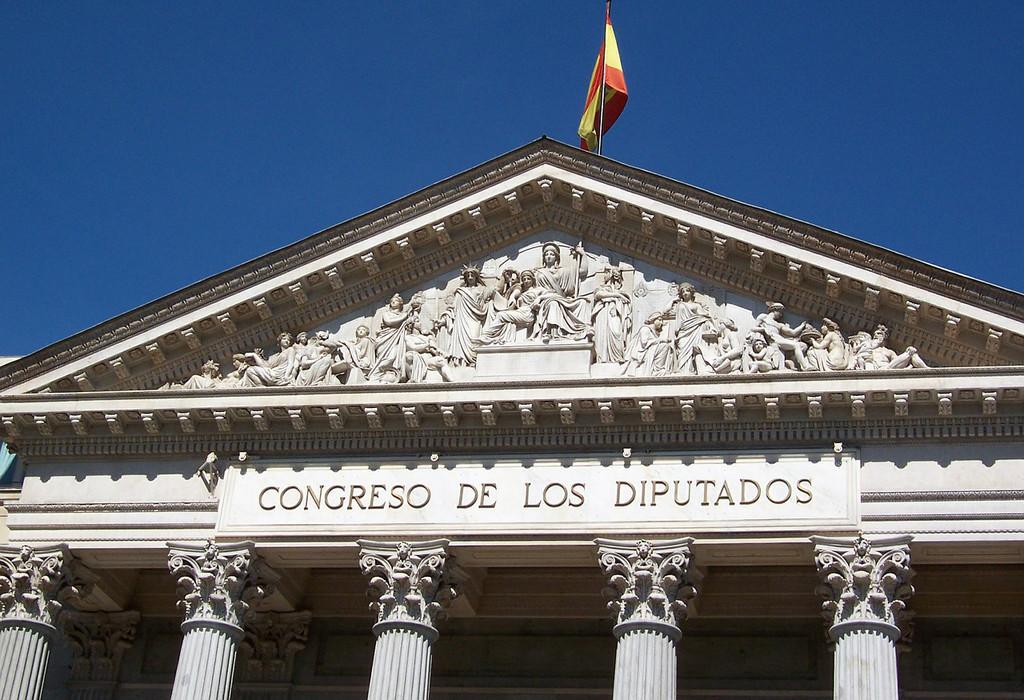 El convenio para extender el abogacía de rectificación a internet preocupa: supone un mas grande atención de internet en España