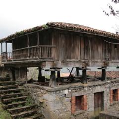 Foto 1 de 5 de la galería horreos-paneras-y-cabazos en Diario del Viajero