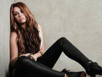 Miley Cyrus se gasta un dineral en extensiones