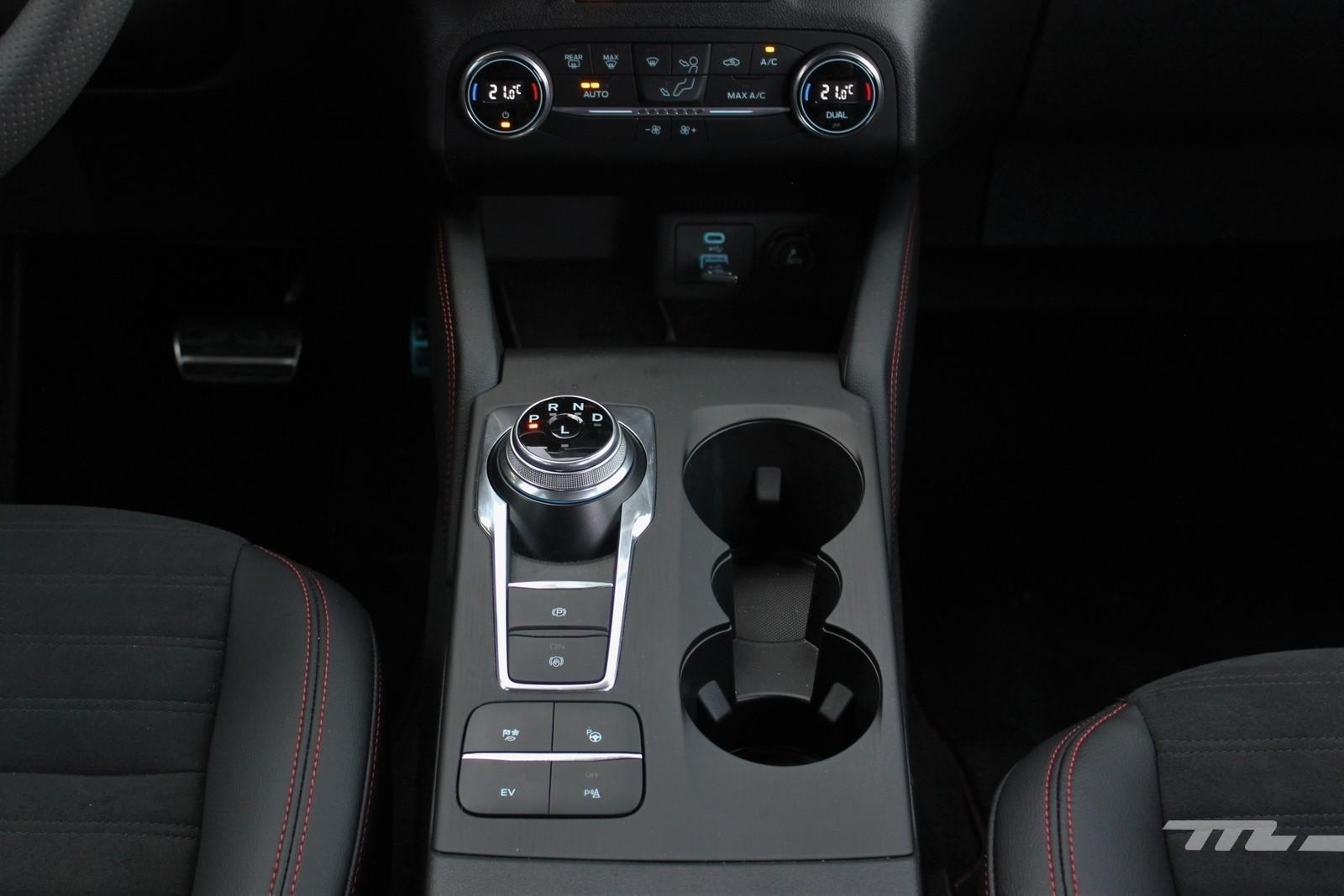Foto de Ford Kuga 2020 - prueba (50/55)
