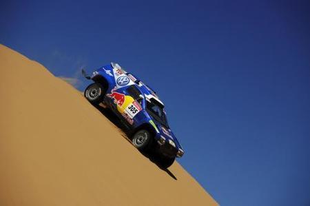 Volkswagen renueva la plantilla para el Dakar