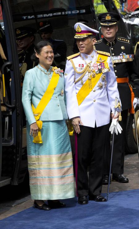 Sirindhorn Holanda rey coronación