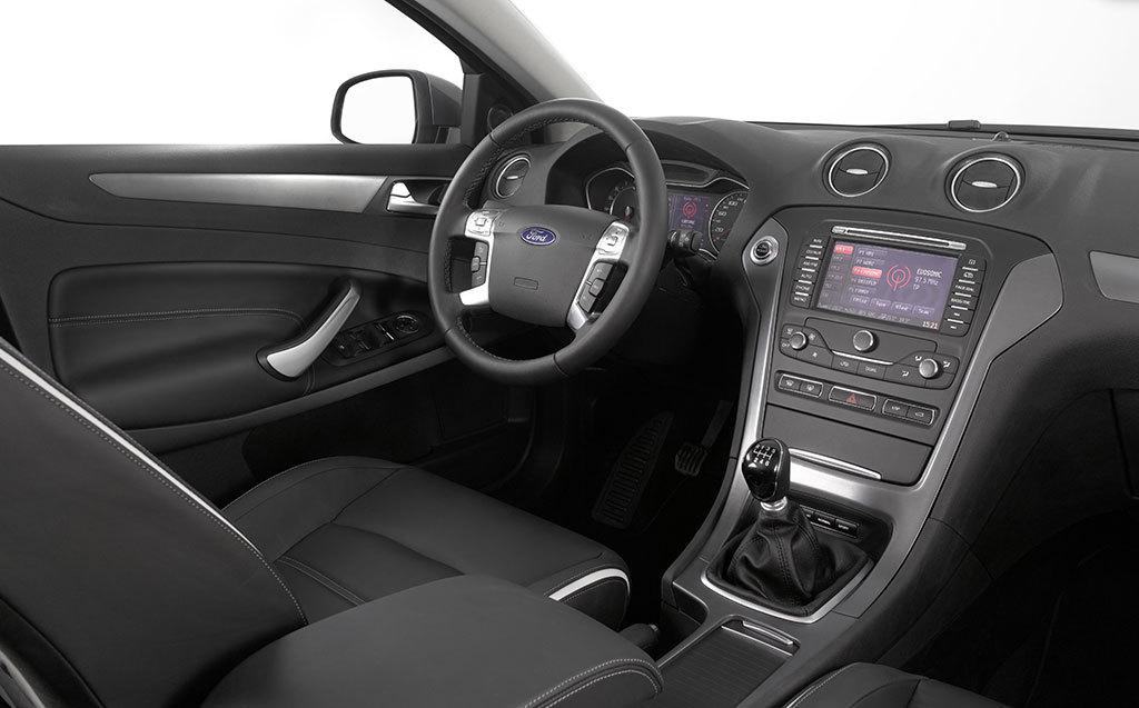 Foto de Ford Mondeo 2010 (36/45)