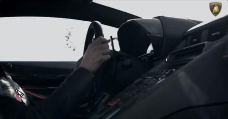 "Lamborghini Aventador SV, ¿el coche más ""reactivo"" de Sant'Agata Bolognese?"