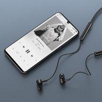"""Xiaomi hace oficiales sus nuevos auriculares """"de cuello"""": prometen 9h de autonomía y latencia adaptativa"""