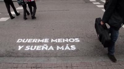 Madrid, te comería a versos: las frases que han aparecido en la ciudad