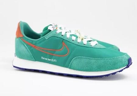 Estos Modelos De Zapatillas Muy Coloridas De Nike Estan Hechas Para Resaltar Con Tus Total Black Looks De Otono