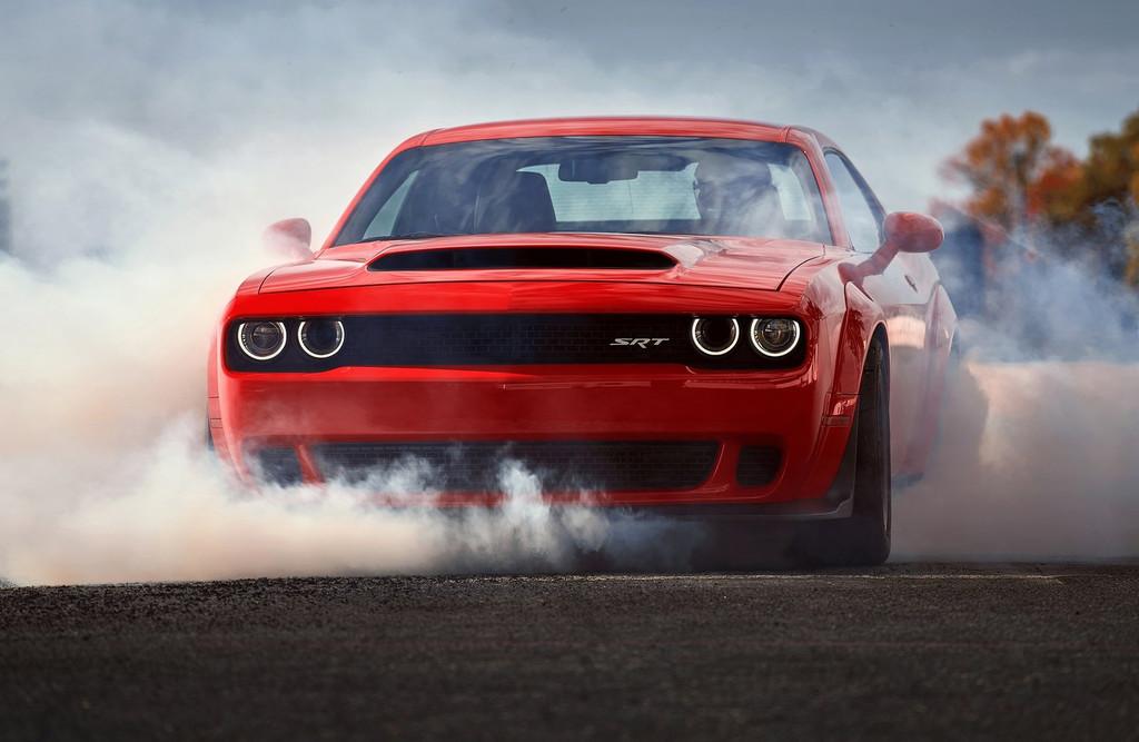 La próxima generación del Dodge Challenger recurrirá a la electrificación como