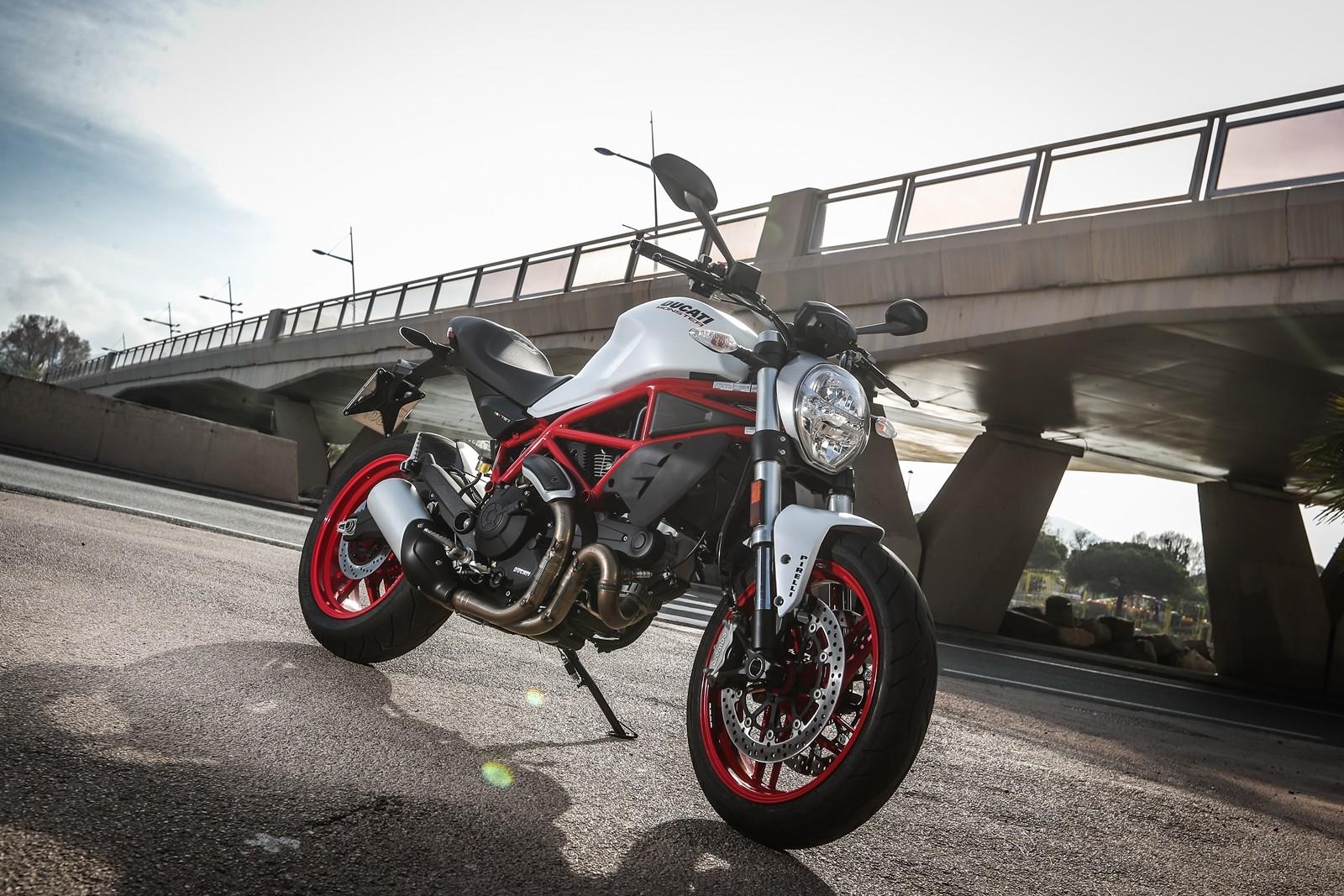 Foto de Ducati Monster 797 (45/68)