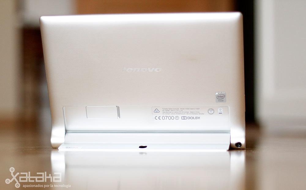 Foto de Lenovo Yoga Tablet 2 (9/20)