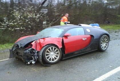 El primer Bugatti Veyron destrozado en un accidente