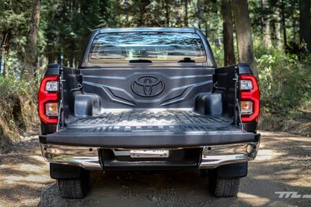 Toyota Hilux 2021 Opiniones Prueba Precio Mexico33