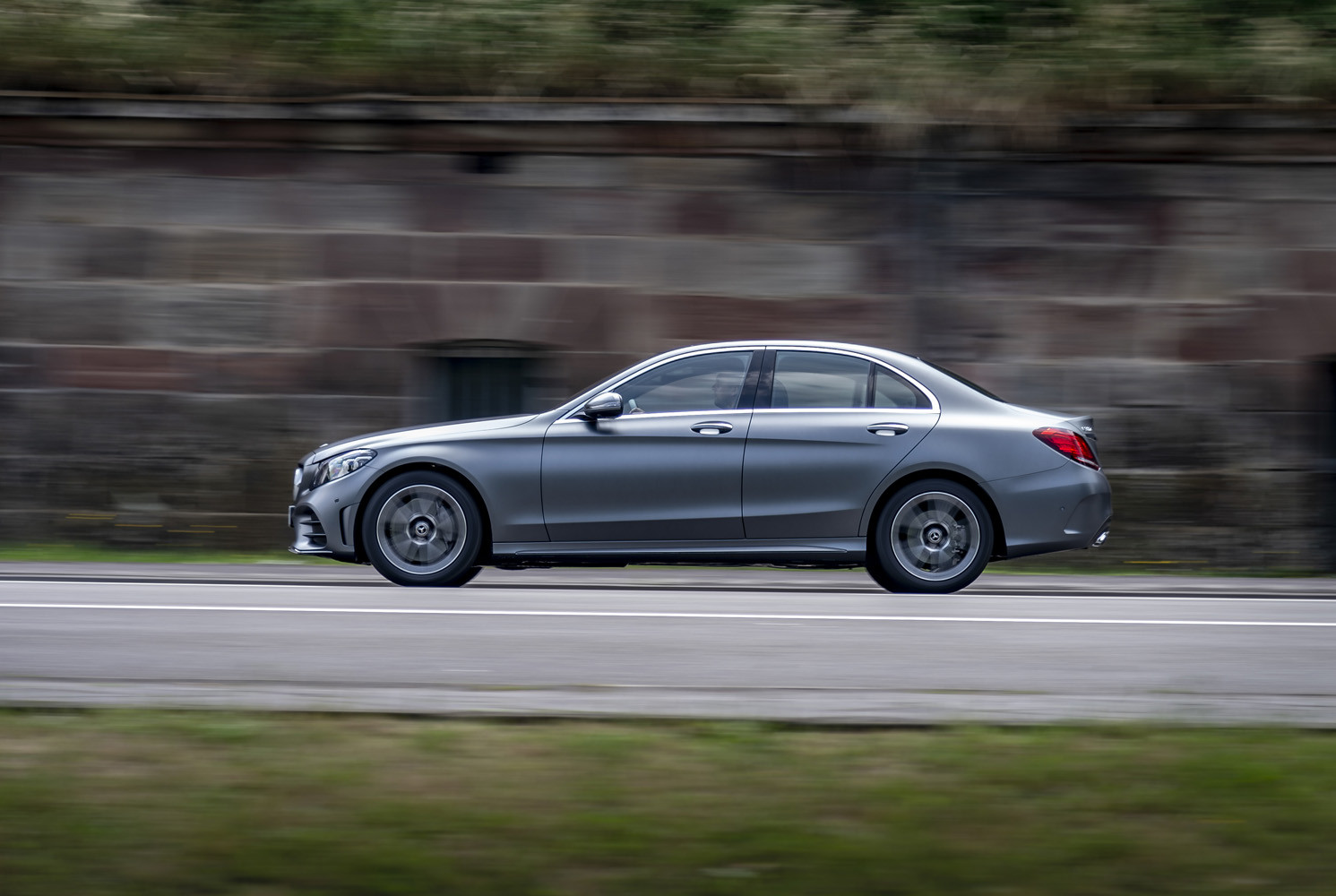 Foto de Mercedes-Benz Clase C 2018, toma de contacto (97/255)