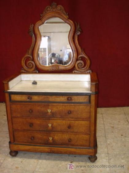 De tocador antiguo a mueble de lavabo - Mueble de lavabo barato ...