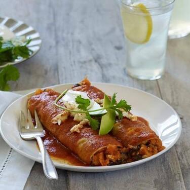 Enchiladas tamaulipecas. Receta fácil de comida tradicional mexicana