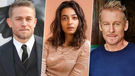 Charlie Hunnam, Radhika Apte y Richard Roxburgh