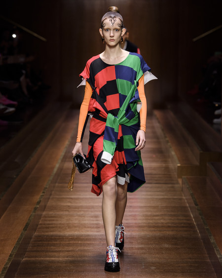 Burberry Autumn Winter 2019 Collection Look 1
