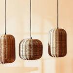Zara Home sigue aumentando su nueva colección para esta primavera con piezas  tan bonitas como estas lámparas de ratán (entre otras muchas)