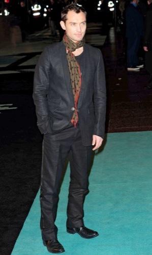 Jude Law en la premiere de Sherlock Holmes