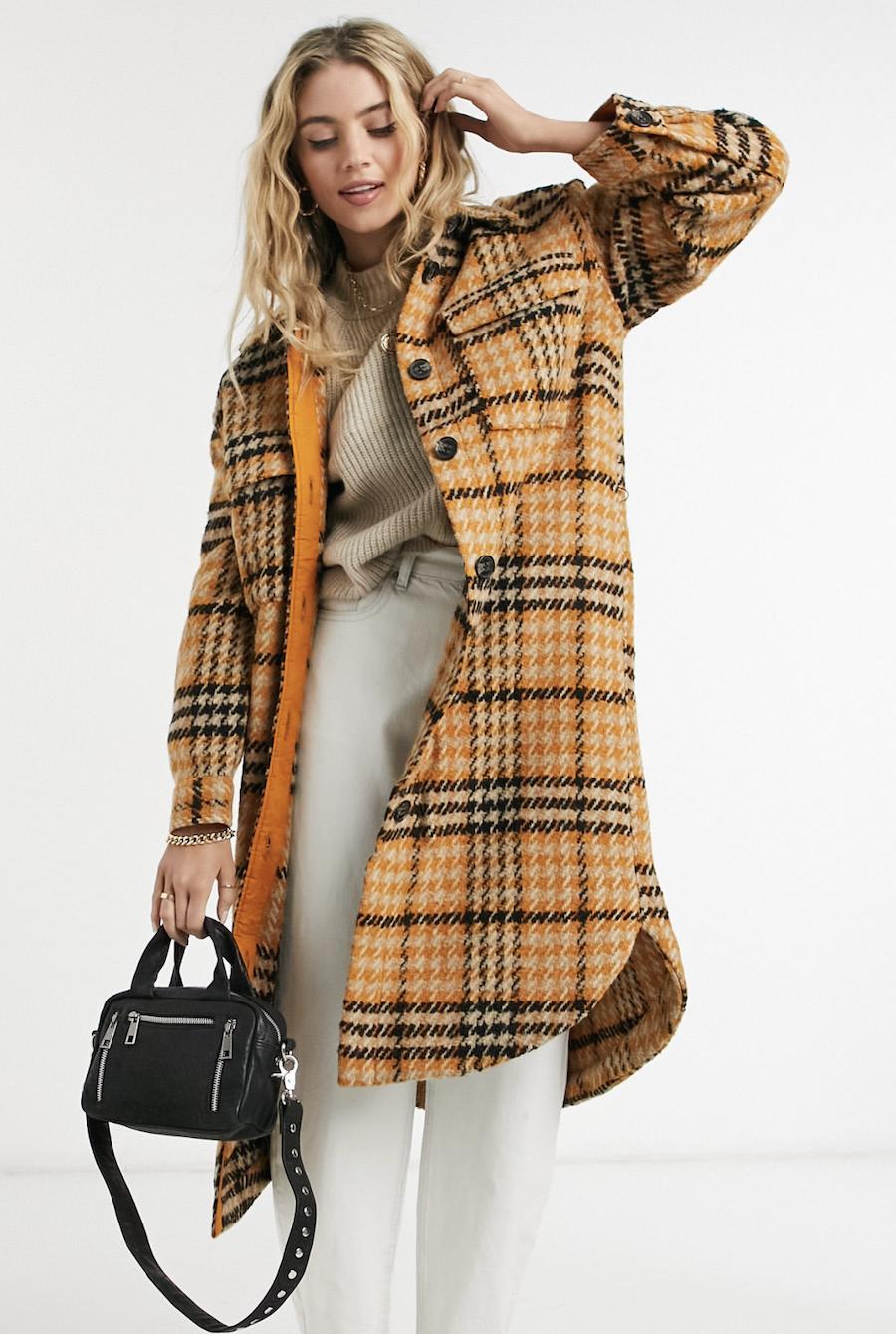 Abrigo largo con diseño de cuadros de Object