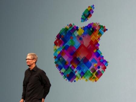 Un año con Tim Cook, el mejor año para la misma Apple de siempre
