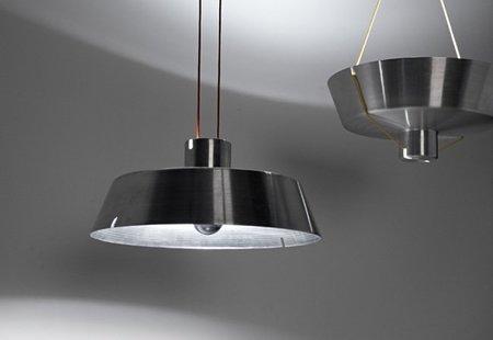 Acrobata, una lámpara que permite cambiar la dirección de la luz
