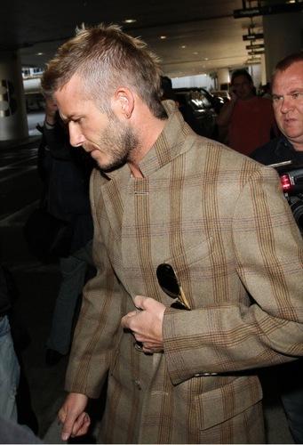 David Beckham con el nuevo tupé: trucos para ocultar las entradas y la caída del pelo, look