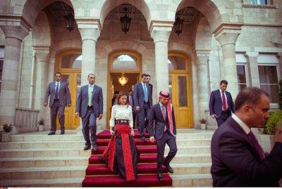 ¡Oh Dios, he tenido un déjà vu! La reina Rania de Jordania me traslada de nuevo a la boda de Felipe y Letizia