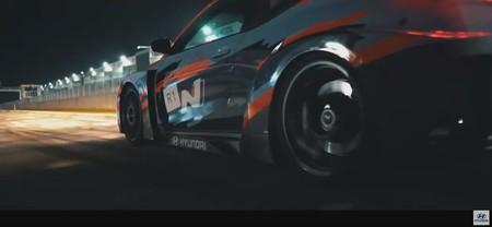 Hyundai RM19: la antesala del coche eléctrico deportivo de Hyundai N con motor central reaparece en circuito (y aún ruge)
