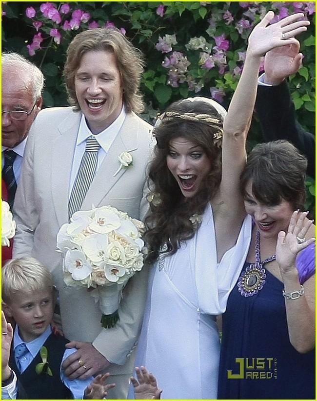 foto de boda de milla jovovich (7/8)