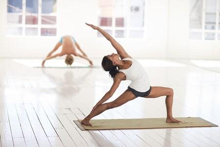 Practicar yoga nunca fue tan sencillo gracias a este kit completo de Sprinter con un 44% de descuento