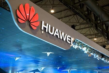 Ahora es Reino Unido quien prohibe la intervención de Huawei en sus redes 5G: todos sus dispositivos deberán ser retirados para 2027