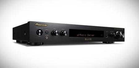 pioneer receptor AV delgado