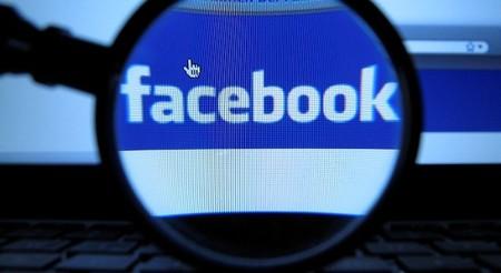 Un hacker escribe en el muro de Mark Zuckerberg para anunciarle una vulnerabilidad en Facebook