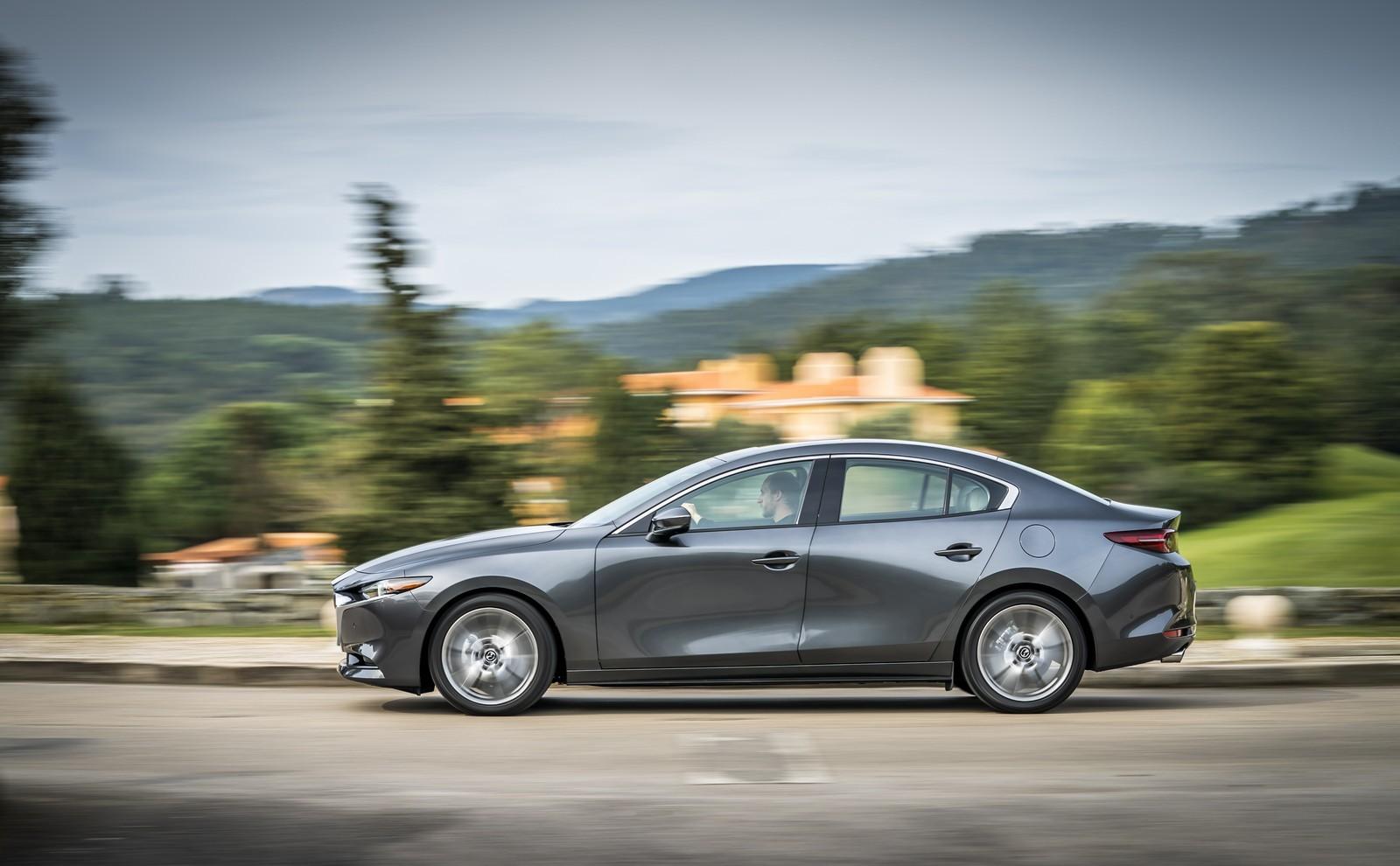 Foto de Mazda3 2019 Sedán (20/40)