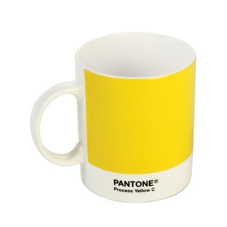 Taza Pantone amarilla.