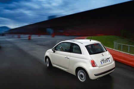 Fiat 500 trasera