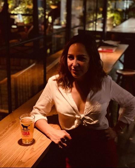 Karina Manterola Cerveza Loba