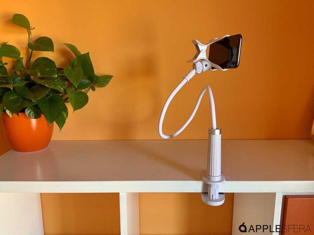 Gooseneck Desktop Phone Holder, el trípode de UGREEN con el que colocar la cámara del iPhone en cualquier posición imaginable