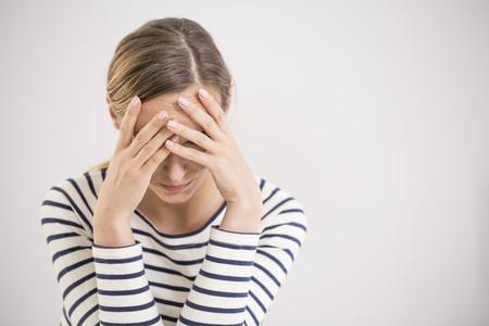 Crece el estrés físico y mental de las madres tras el confinamiento: el 86% está triste, apática y desmotivada, según una encuesta