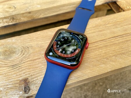 Apple Watch Series 6 Red 019