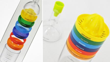 Ocho accesorios de cocina en una botella