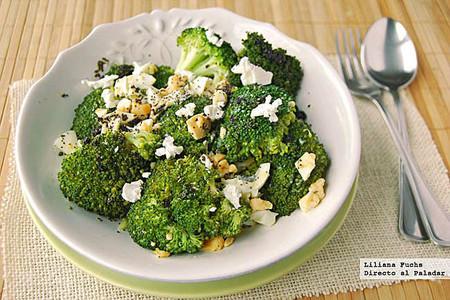 Ensalada templada de brócoli con aliño de semillas de amapola: receta ligera