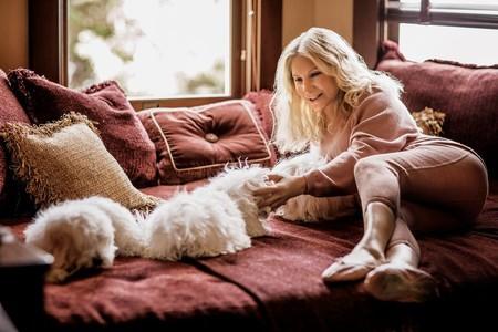 Barbra Streisand confirmó que clonó a su perra muerta no una, sino dos veces