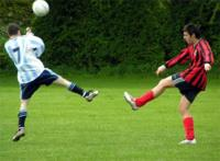 Lesión de pubis, algo habitual en las personas que juegan al futbol de forma aficionada