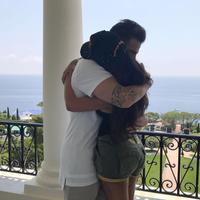 Hablemos de las fotos de Fábregas y señora en Ibiza...