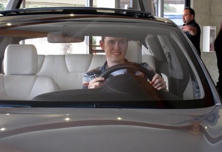 ¿Por qué todo el mundo ama a Tesla?